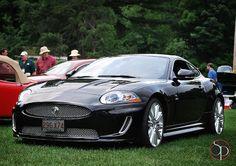 Jaguar XKR.