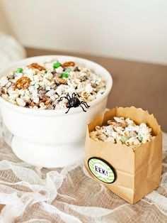 #Halloween party food:  sweet-n-salty snack mix with free snack bag printables>> http://www.hgtv.com/entertaining/sweet-and-salty-halloween-snack-recipes/pictures/page-6.html?soc=pinterest