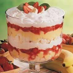 For some reason I really want to make a Trifle | Strawberry Banana Trifle Recipe