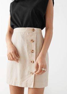 Front Button Mini Skirt - Beige - Mini skirts - & Other Stories Beige Skirt Outfit, Skirt Outfits, Work Skirts, Mini Skirts, Fashion Story, Fashion Outfits, Gothic Fashion, Button Skirt, Models