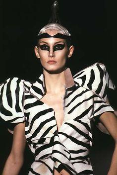 1997-98 - Alexander McQueen show -