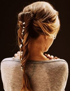 @Roma Mirutenko when my hair gets long will you do thiss?