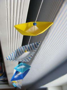 Girlanden & Wimpelketten - Girlande Origami Kette *Boote* Streifen Blau - ein Designerstück von Casa-colorata bei DaWanda