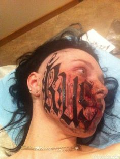 Lesya Toumaniantz from Russia decided her boyfriend should tattoo his name across her whole face. What makes this wackier is that she'd only met tattoo artist Rouslan Toumaniantz face to face 24 hours earlier. Tattoos Gone Wrong, Insane Tattoos, Worst Tattoos, Terrible Tattoos, Messed Up Tattoos, Epic Tattoo, Crazy Tattoos, Funny Tattoos, Awesome Tattoos