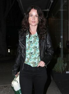 Robin Tunney Photos Photos - Celebrities enjoy a night out at trendy Madeo Restaurant on March 3, 2013 in West Hollywood, California. - Celebs Get Dinner at Madeo