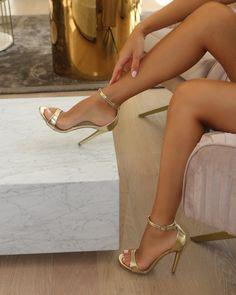High Heels Black, High Heels Boots, Gladiator Sandals Heels, Sexy Legs And Heels, Hot Heels, Beautiful High Heels, Gorgeous Feet, Beautiful Legs, Talons Sexy