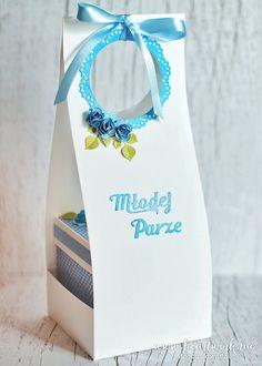 Niebieski exploding box na ślub. Elegancko zapakowane pudełeczko, torebka na exploding box. ----- Exploding box inside another box :)