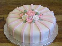 White / pink roses cake. For the roses I used a mould.