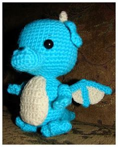 Adorable little dragon - FREE Pattern!