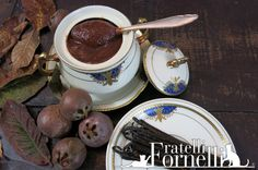 Fine #medlar #jam with ancient scent, enriched with Bourbon #vanilla from Madagascar - Fratelli ai Fornelli