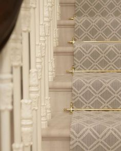 STAIR RUNNER & RODS #helengreendesign
