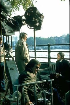Gregory Peck and Patrick Troughton film a scene from the classic horror film as director Richard Donner looks on Classic Horror Movies, Horror Films, Richard Donner, The Omen, Cinema Tv, The Exorcist, Best Horrors, Scene Photo, Scary Movies