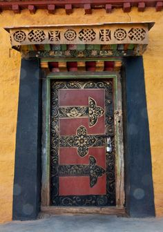 doorway, Tibetan monastery
