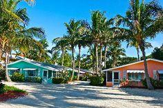 52 best bungalow and cottage motels images beach cottages beach rh pinterest com
