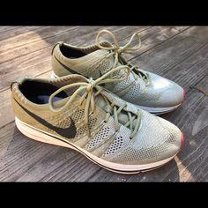 f4bdecc047b2 Die 21 besten Bilder von Nike Flyknit Trainer