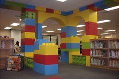 LEGO library, namens Daan een leerling.
