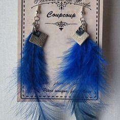 Boucle d'oreille plume perroquet