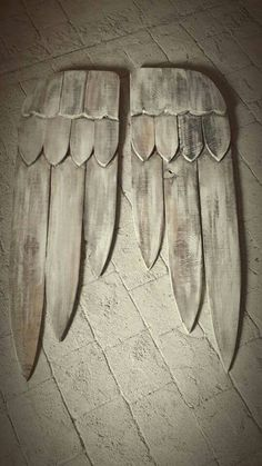 Hand made wooden angel wings.(williams country charm..facebook)