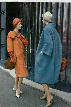 Elegantes abrigos de los ..50