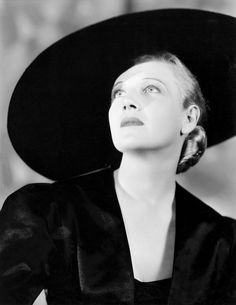 "Ann Harding, photo by Ernest Bachrach Harding had considerable success when the ""talking picture"" was new and Hollywood was desperate for actors with good diction and the ability to memorize pages of dialogue. Harding, with considerable stage. Golden Age Of Hollywood, Hollywood Stars, Classic Hollywood, Old Hollywood, Hollywood Glamour, Hollywood Pictures, Hollywood Fashion, Turner Classic Movies, Classic Movie Stars"