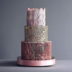 This is one classy princess Game of Thrones cake by @tortikannuchka. What else is there to say? @sophiet what say you? #cake #princesscake #weddingcake #gameofthrones #weddingcakedesign #pinkweddingcake via ✨ @padgram ✨(http://dl.padgram.com)