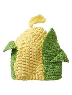 You know future baby Bruce would love to show off his vegetarian lifestyle by wearing this corn hat -Baby Boys' knit hats Crochet Baby Hats, Crochet Beanie, Knitted Hats, Knit Crochet, Knitting Projects, Crochet Projects, Kids Knitting, Dress Up, Crafty Craft
