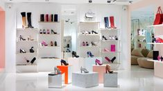 5c520  modern shoes store interior idea elegant cheerful1 500x281 Cheerful Pastel Colors Modern Shoes Store Design Ideas
