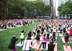 Free Outdoor Summer Yoga Classes Around NYC via @PureWow