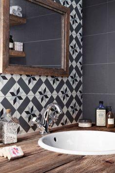 46 Ideas Bath Room Tiles Backsplash Shower Floor For 2019 Laundry In Bathroom, Small Bathroom, Master Bathroom, White Bathroom, Bathroom Ideas, Bathroom Plants, Modern Bathrooms, Bathroom Designs, Bathroom Wall