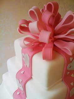 Sugar paste bow, clever!