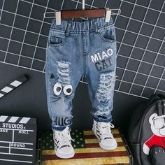 Check out my new Trendy Cartoon Cat Print Hole Jeans for Toddler and Kid , snagged at a crazy discounted price with the PatPat app. Black Jeans Men, Denim Jeans Men, Boys Clothes Online, Online Shopping Clothes, Crop Top Outfits, Boy Outfits, Baby Jeans, Latest Outfits, Latest Clothes