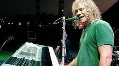 I found this amazing picture of David Bryan and i had to share it...... Ashley