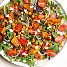 Salads don't need to be boring - why not try this Roast Pumpkin & Chickpea Salad with quinoa and feta cheese! Chickpea Salad Recipes, Healthy Salad Recipes, Veggie Recipes, Cooking Recipes, Curry Recipes, Quick Recipes, Fall Recipes, Soup Recipes, Healthy Food