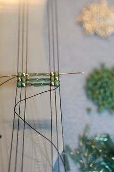 How_to_weave_the_Ladder_Bracelet Awesome tutorial including an AWESOME finishing technique. Author claims the bracelet takes a little over an hour, start to finish!