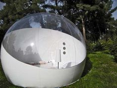 Bubble tent by Pierre Stephan Dumas. Super cool. Looks like something that should've been on the set in 'The Spy Who Loved Me'