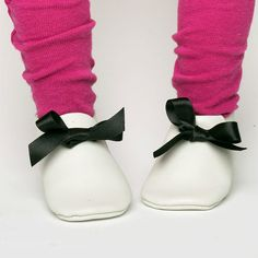 https://www.etsy.com/listing/273171144/patterns-pdf-baby-shoes-patterns?ref=shop_home_active_2