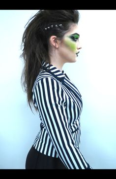 Patricia andrea zurita medrano patymagnificalo on pinterest beetlejuice inspired hairmake up halloween costume makeupdiy solutioingenieria Gallery