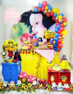 Background For Photography, 2nd Birthday, Snow White, Disney, Table, Birthday Party Ideas, Ideas Party, Cinderella, Snow White Parties