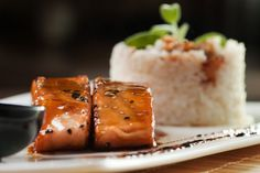 salmone aromatico in padella