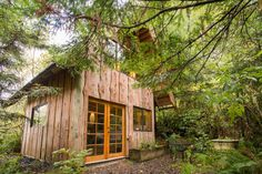 Made from storm blown salvaged cedar trees and milled on site. - Get $25 credit with Airbnb if you sign up with this link http://www.airbnb.com/c/groberts22