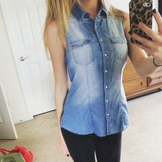 Blue & White Patterned Button Up Faded denim color snap up button top. Super cute and fits to the body well. Don't wear enough to keep it. Perfect condition Forever 21 Tops Button Down Shirts