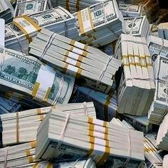 DM me now for forex trade and bitcoin mining  Cash Money, Cash Cash, Way To Make Money, Make Money Online, Whatsapp Text, Argent Paypal, Money Stacks, Gold Money, Online Earning