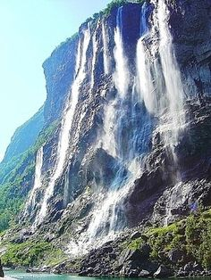The Seven Sisters Waterfall, located along the Geirangerfjorden, is a must see sight if you're planning to spend some time in Fjord Norway. A truly impressive display, the Seven Sisters is part of the Geiranger World Heritage Site, visited my a countless number of tourists every year.