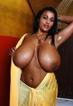 Big Old Tittes Photo Album - Amateur Adult Gallery