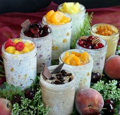 8 New Refrigerator Oatmeal Flavors! Eight new delicious oatmeal flavors you can make at home for a healthy, grab-and-go, make-ahead, no-cook mason jar breakfast. Mason Jar Meals, Meals In A Jar, Mason Jars, Healthy Snacks, Healthy Eating, Healthy Recipes, Quick Snacks, Healthy Smoothies, Healthy Breakfasts
