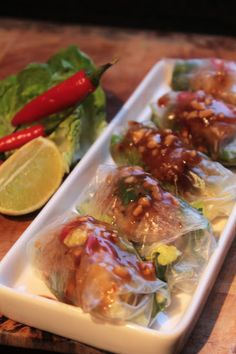Nam Nuang (Grilled Sausage Fresh Spring Roll) recipe