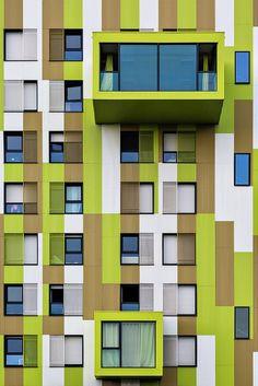 Façade du CROUS à Rennes en Bretagne #France #Architecture