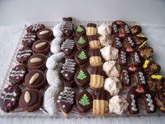 Vánoční cukroví , Cukroví a zákusky dorty | Dorty od mamy Czech Recipes, Biscotti, Sweet Tooth, Cookies, Chocolate, Christmas, Food, Crack Crackers, Xmas