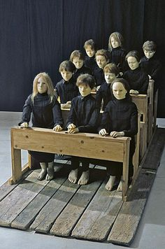 Tadeusz Kantor - installation and performance - The Dead Class Samuel Beckett, Theatre Design, Stage Design, Conceptual Art, Surreal Art, August Strindberg, Instalation Art, Political Art, Found Art