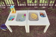 DIY sensory table table sensorielle best toddler toys best one year old toy best outdoor toys outdoor fun with toddler home made water play water and sand play at home ikea sensory table cheap outdoor toys Sand And Water Table, Sand Table, Water Tables, Water Table Diy, Best Outdoor Toys, Outdoor Fun, Outdoor Games, Diy Montessori, Ikea Lack Table